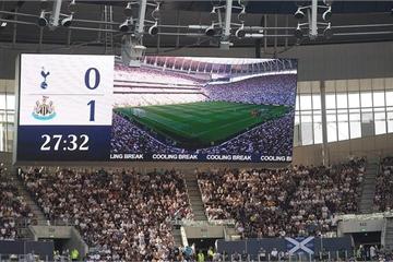 """Premier League sau vòng 3: Phân rã ở nhóm """"big six"""""""