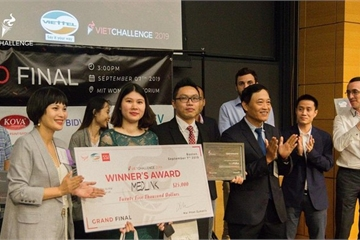 Medlink – từ giải Nhì Techfest Vietnam 2018 đến nhà Vô địch Vietchallenge 2019