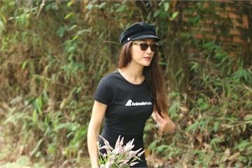 Minh tinh Hollywood gốc Việt Maggie Q bất ngờ về Việt Nam thăm… gấu
