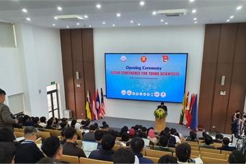 Khai mạc Hội nghị các nhà khoa học trẻ ASEAN tại Hà Nội