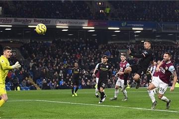 Vòng 15 Ngoại hạng Anh: Man City lấy lại vị trí nhì bảng, Mourinho trở về đối đầu M.U