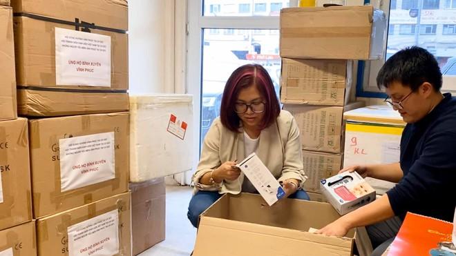 Hội TNSV Việt Nam tại CH Séc tiếp sức nơi tâm dịch Bình Xuyên (Vĩnh Phúc)