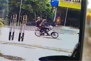 Đồng Nai: Truy tìm 2 tên cướp giật, kéo ngã cô gái xuống đường thương nặng