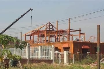 Đồng Nai: Cưỡng chế biệt thự gỗ trái phép giữa Cù lao Phố, Biên Hòa
