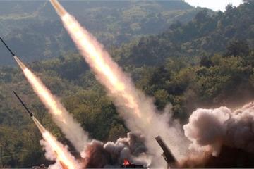 """Liên tiếp thử vũ khí """"sáng tạo"""", Triều Tiên đã tìm ra điểm yếu của Mỹ và Hàn Quốc?"""