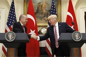 """Thổ Nhĩ Kỳ tuyên bố dừng chiến dịch ở Syria, Mỹ ngay lập tức có """"phần thưởng"""""""