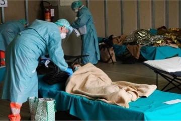 Italy vượt Trung Quốc về số ca tử vong, châu Á lo 'nhập khẩu' Covid-19