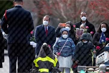 Cùng dự đám tang ở Mỹ, 6 người tử vong vì Covid-19