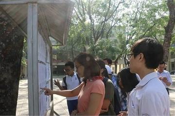 Điểm chuẩn tuyển sinh vào lớp 10 tại Hà Nội sẽ biến động ra sao?