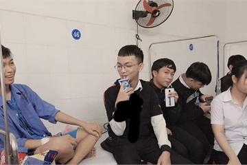 """Cười """"rơi hàm"""" với hội bạn thân đến thăm người ốm ăn hết cả đồ bồi dưỡng"""