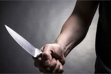 Hà Nội: Cụ ông 70 tuổi vác dao chém cả nhà em gái, 3 người trọng thương