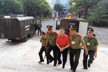 Nhóm bị cáo lên kế hoạch lật đổ chính quyền lĩnh án 30 năm tù