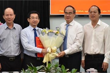 Bí thư Nguyễn Thiện Nhân trao quyết định bổ nhiệm tân Trưởng ban Nội chính