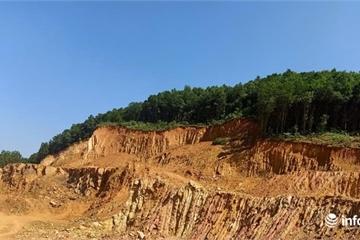 Sụt lún đất kéo dài hơn 100m ngay cạnh 3 cột điện cao thế 500kV tại Hòa Bình