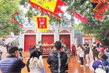 Văn Miếu đã mở cửa đón khách trở lại; Phủ Tây Hồ, chùa Trấn Quốc vẫn đóng cửa