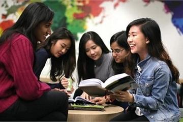 Đổ lỗi cho nền giáo dục VN, đẩy con đi du học quá sớm: Cha mẹ cần xem lại chính mình