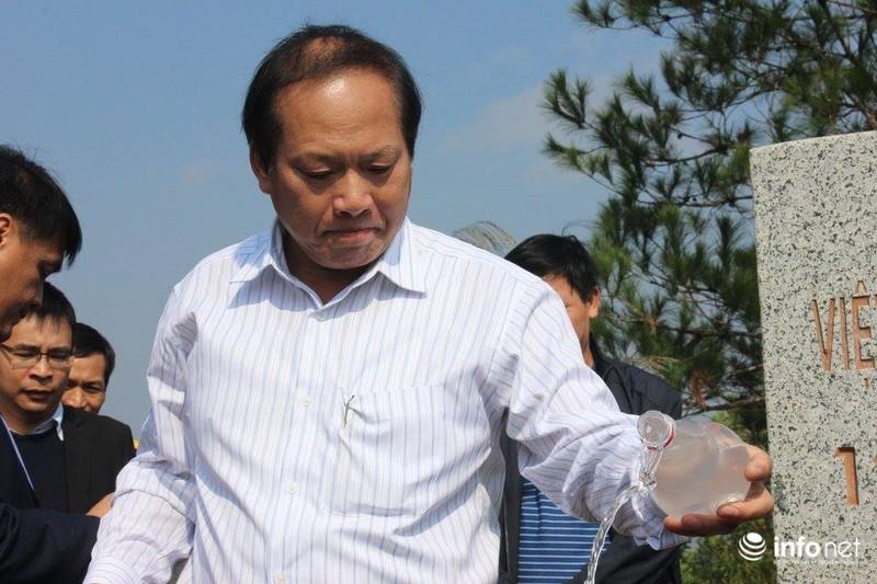 Bộ trưởng Bộ TT&TT Trương Minh Tuấn xúc động thăm lại chiến trường xưa - ảnh 1