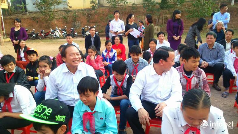 Bộ trưởng Bộ TT&TT Trương Minh Tuấn xúc động thăm lại chiến trường xưa - ảnh 8