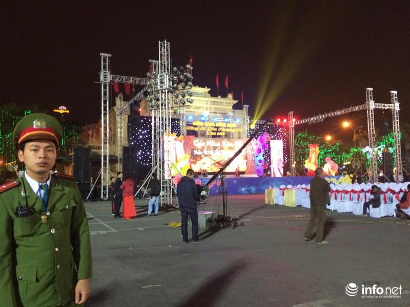 Trực tuyến: Không khí đón năm mới Ất Mùi - 2015 của người Việt ở năm châu - ảnh 58