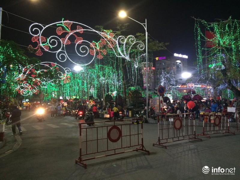 Trực tuyến: Không khí đón năm mới Ất Mùi - 2015 của người Việt ở năm châu - ảnh 59