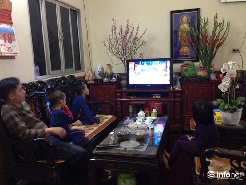 Trực tuyến: Không khí đón năm mới Ất Mùi - 2015 của người Việt ở năm châu - ảnh 53