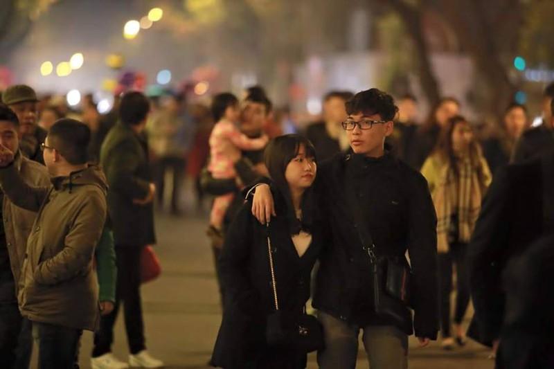 Trực tuyến: Không khí đón Giao thừa - chào năm mới Bính Thân 2016 - ảnh 40