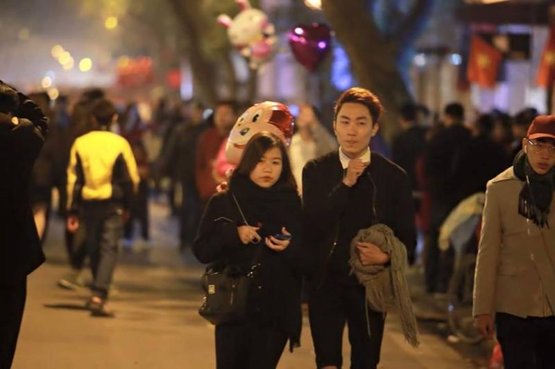 Trực tuyến: Không khí đón Giao thừa - chào năm mới Bính Thân 2016 - ảnh 37