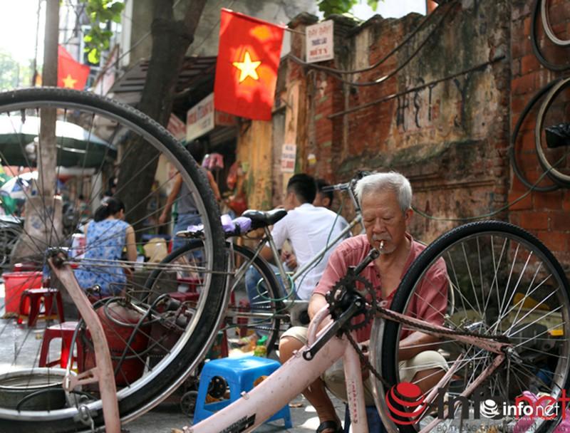 Chùm ảnh: Người dân Thủ đô sống chậm trong không khí đại lễ - ảnh 10