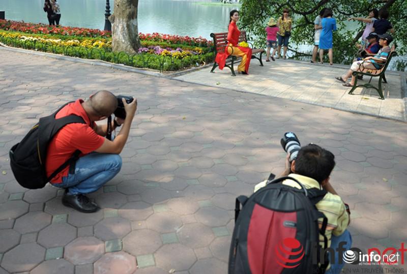 Chùm ảnh: Người dân Thủ đô sống chậm trong không khí đại lễ - ảnh 6