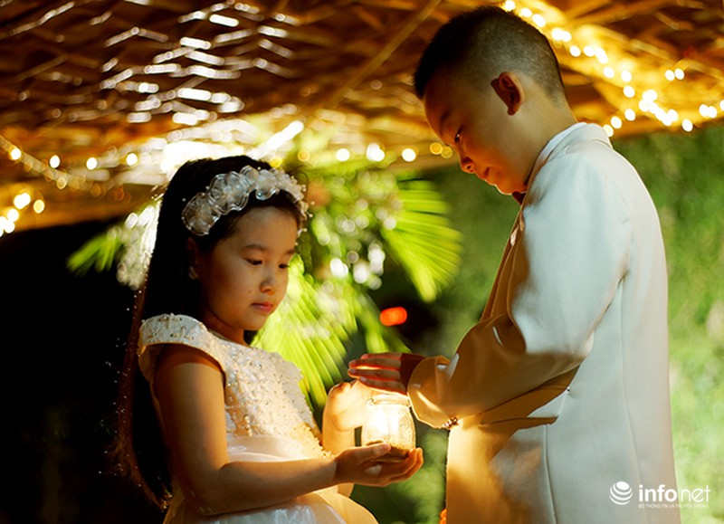 Bữa tiệc ánh sáng trong đám cưới ngoài trời độc đáo tại Hà Nội - ảnh 5