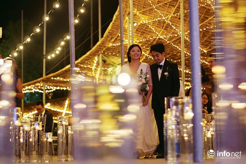 Bữa tiệc ánh sáng trong đám cưới ngoài trời độc đáo tại Hà Nội - ảnh 2