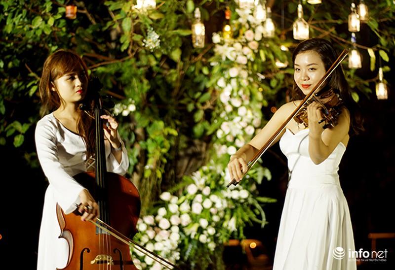 Bữa tiệc ánh sáng trong đám cưới ngoài trời độc đáo tại Hà Nội - ảnh 8