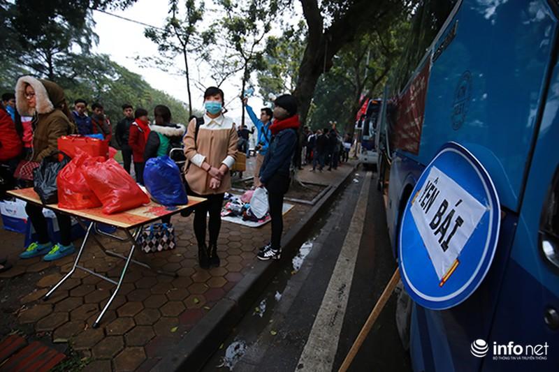 Hình ảnh 2.500 sinh viên đi xe miễn phí về quê ăn Tết - ảnh 5