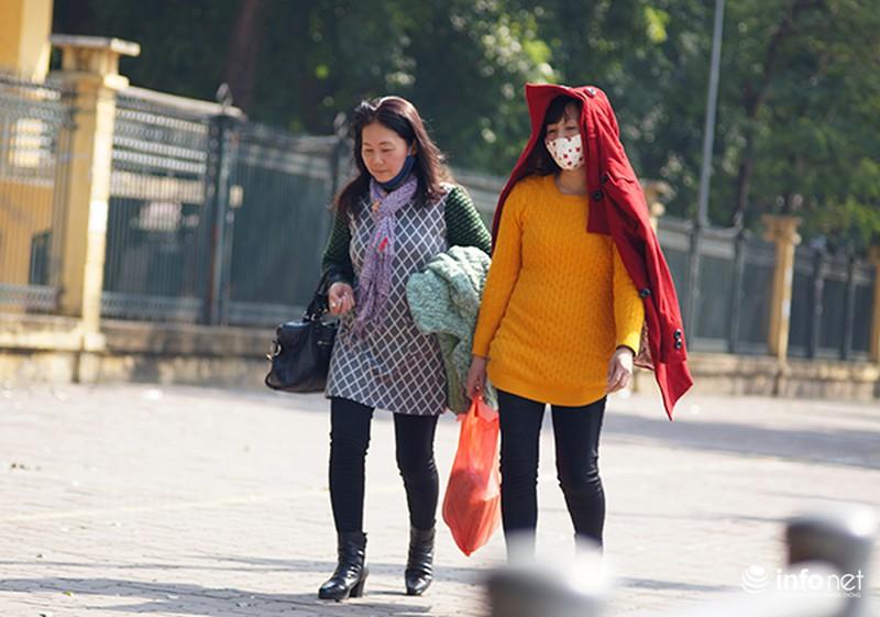 Ngày cuối năm rực nắng ở Hà Nội - ảnh 8