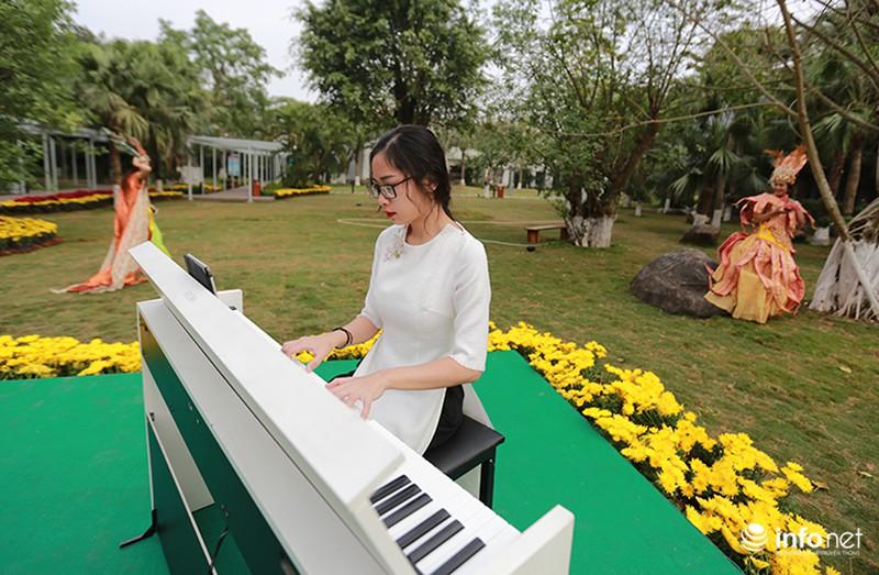 Nhiều không gian giải trí mới lạ tại lễ hội hoa Xuân lớn nhất miền Bắc - ảnh 3
