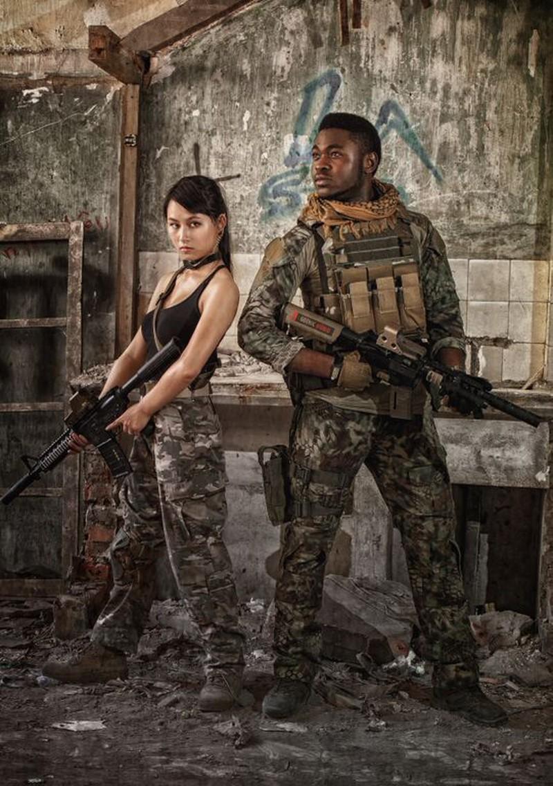 Cận cảnh trang phục, vũ khí trong phim hành động VN theo phong cách Holywood - ảnh 5
