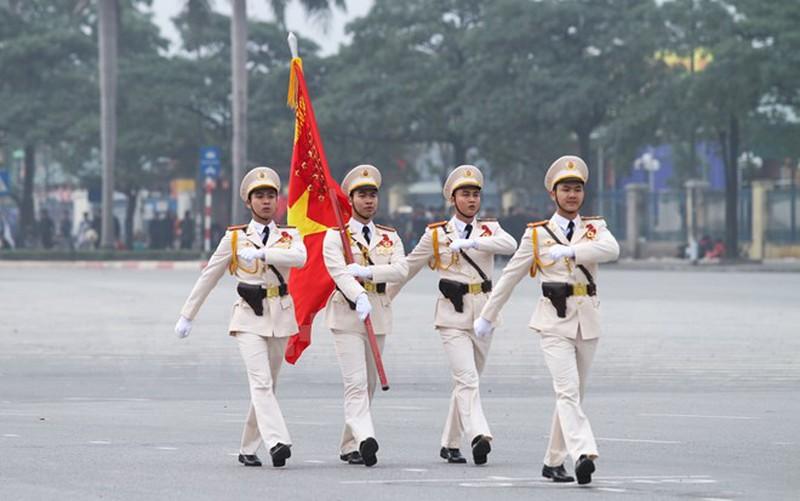 Hình ảnh lễ xuất quân bảo vệ Đại hội Đảng 12 - ảnh 2