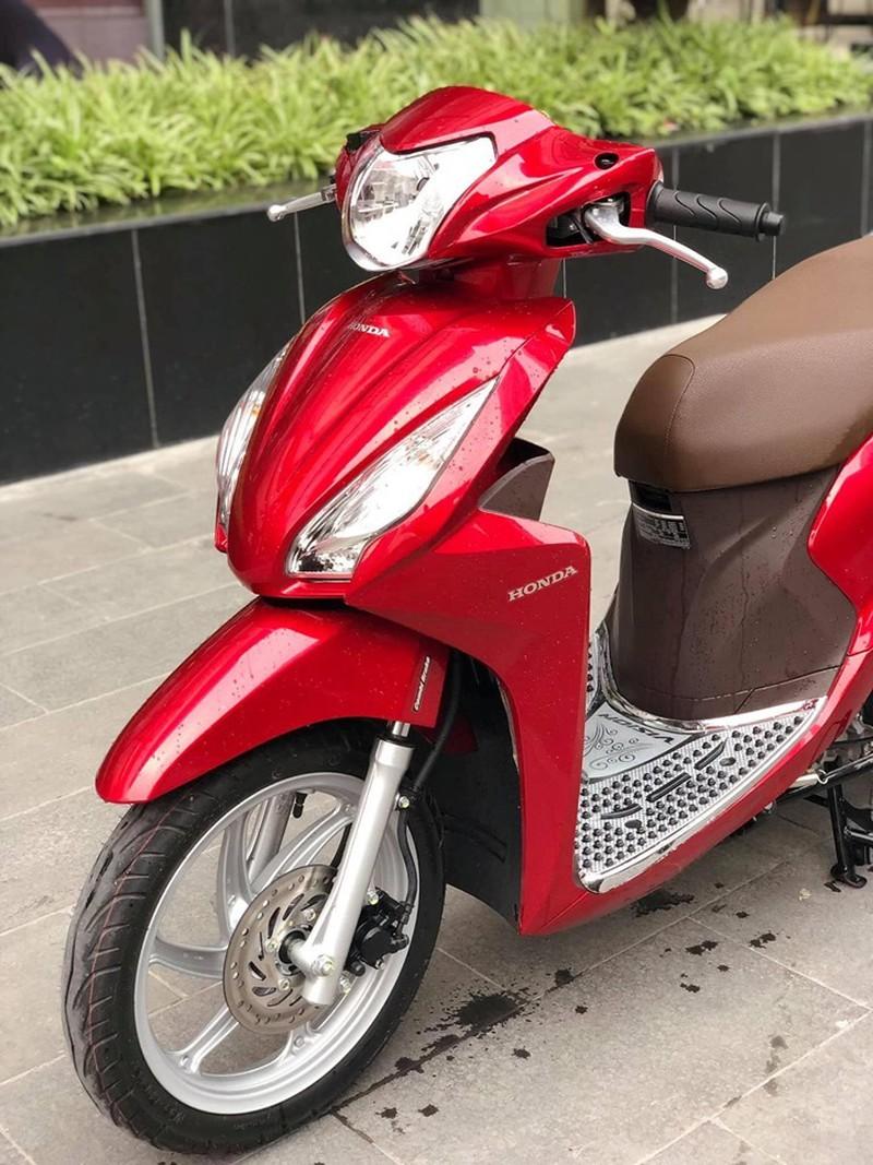 Honda Vision biển ngũ quý 5 giá gần 200 triệu gây choáng