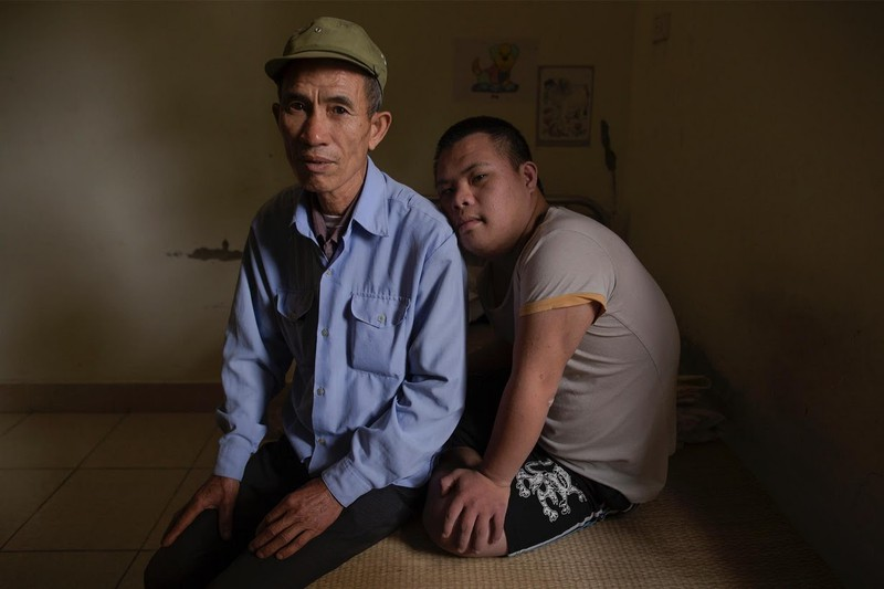 Nỗi đau da cam Việt Nam trong mắt nhiếp ảnh gia Mỹ - ảnh 2