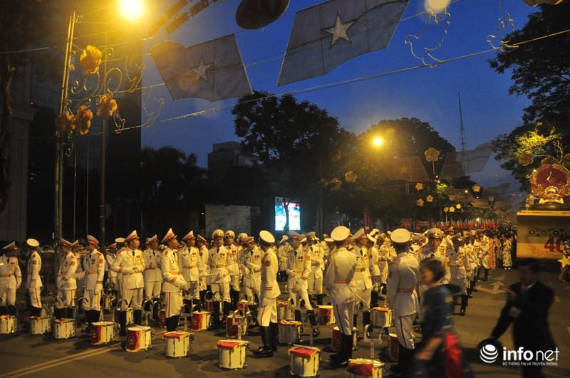 Hình ảnh trước lễ Diễu binh chào mừng 40 năm giải phóng miền Nam - ảnh 10