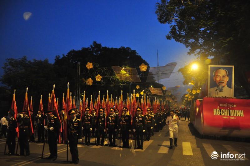 Hình ảnh trước lễ Diễu binh chào mừng 40 năm giải phóng miền Nam - ảnh 11