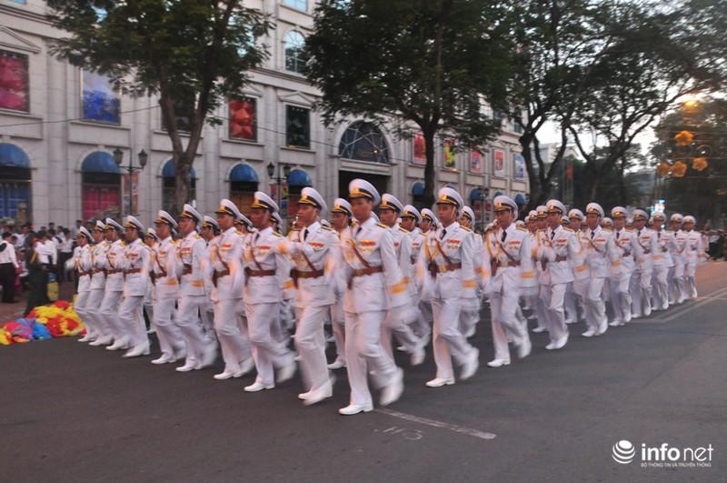 Hình ảnh trước lễ Diễu binh chào mừng 40 năm giải phóng miền Nam - ảnh 19