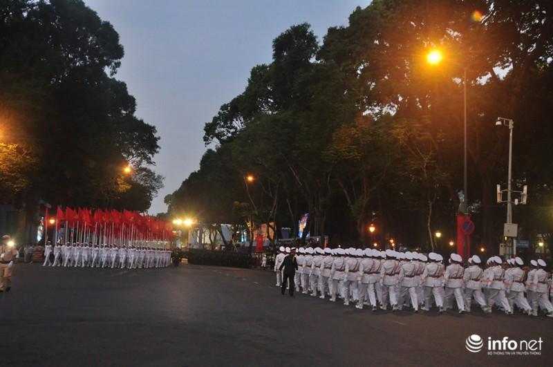 Hình ảnh trước lễ Diễu binh chào mừng 40 năm giải phóng miền Nam - ảnh 20