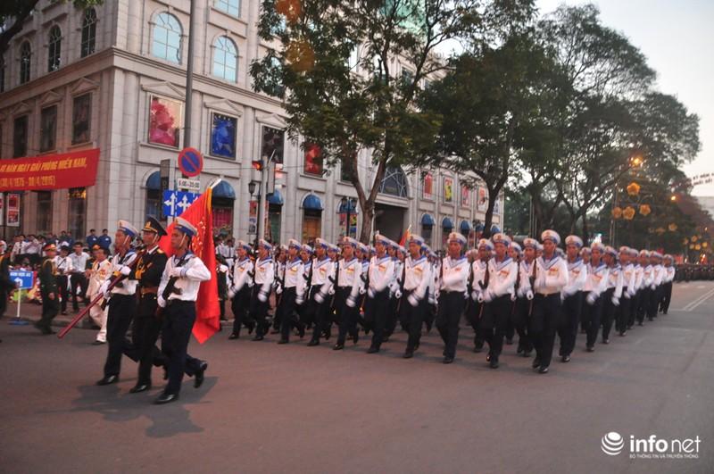 Hình ảnh trước lễ Diễu binh chào mừng 40 năm giải phóng miền Nam - ảnh 21