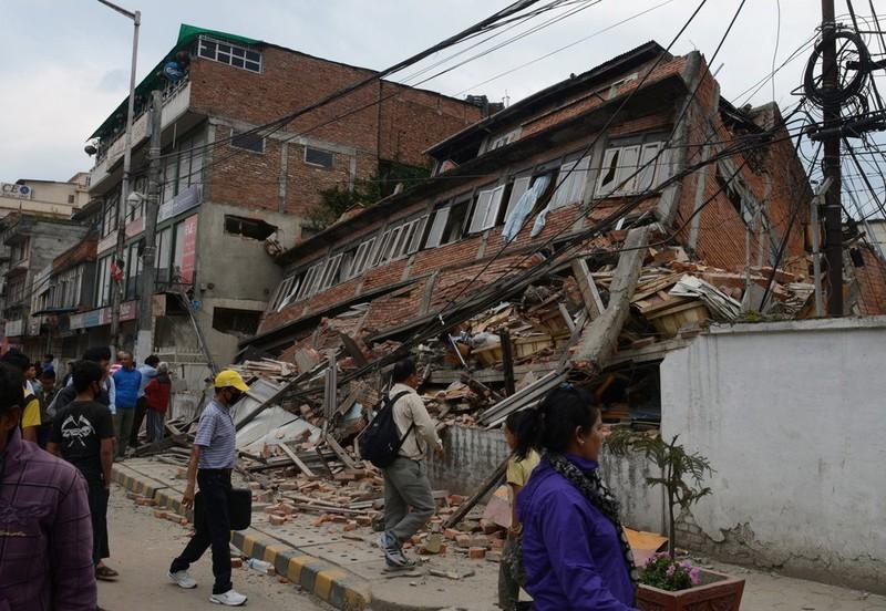 Rớt nước mắt với những hình ảnh Nepal tang thương sau động đất - ảnh 8