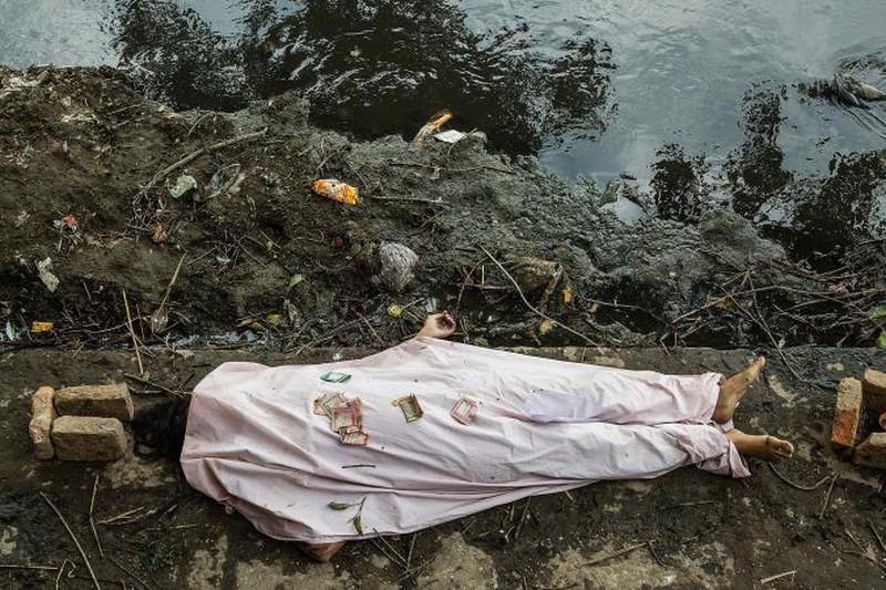 Rớt nước mắt với những hình ảnh Nepal tang thương sau động đất - ảnh 10