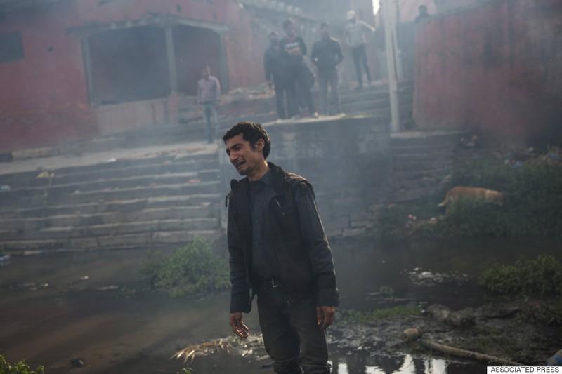 Rớt nước mắt với những hình ảnh Nepal tang thương sau động đất - ảnh 1