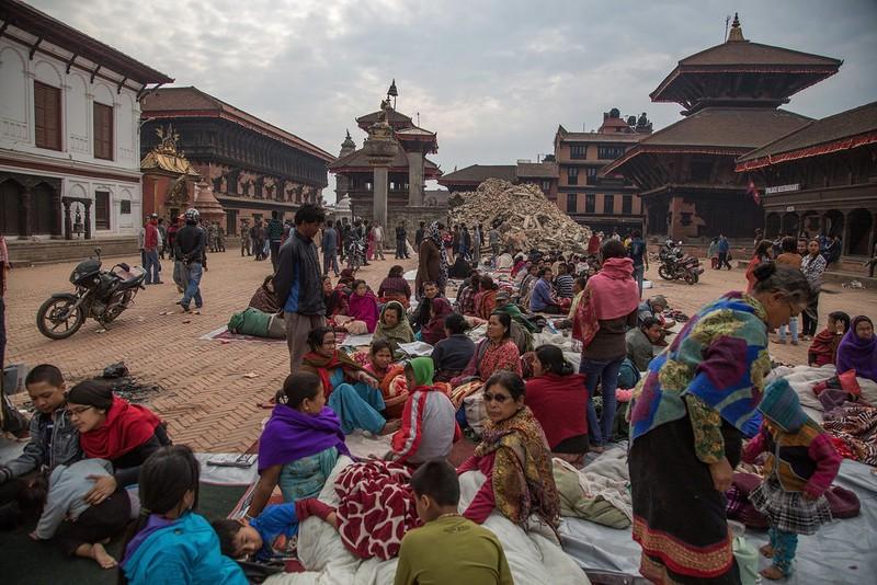 Rớt nước mắt với những hình ảnh Nepal tang thương sau động đất - ảnh 7