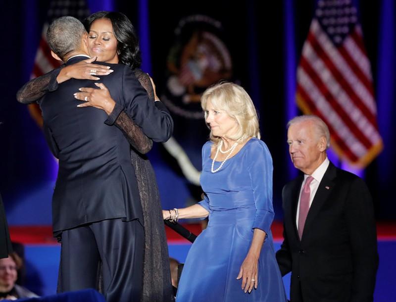 Ảnh: Những khoảnh khắc xúc động khi ông Obama nói lời tạm biệt - ảnh 11