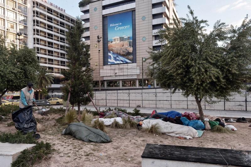 Xót xa với thảm cảnh của người tị nạn ở châu Âu - ảnh 8